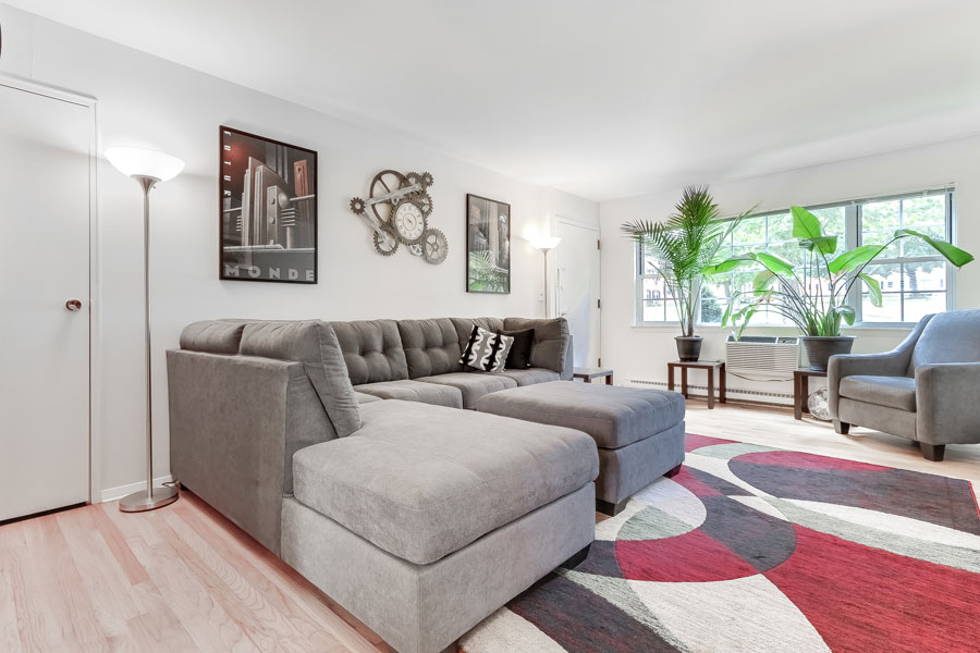 Superbe For More Information On Leasing An Apartment At Brentwood Gardens, Please  Contact Our Rental Office Today To Schedule A Tour.